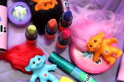 mac-good-luck-trolls-lipsticks