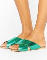 Accesorios, calzado y ropa de Asos