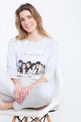 Pijama largo de Friends (29,99 €)