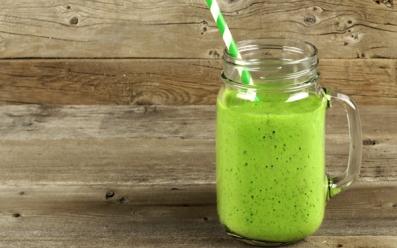 batido_verde_con_espinacas_receta.jpg
